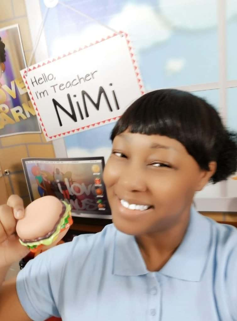 Online ESL Teacher Nimi
